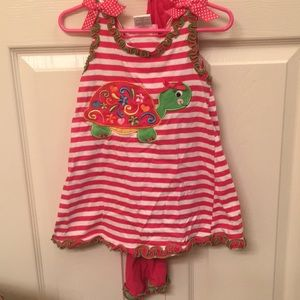 Adorable girls 4t turtle set